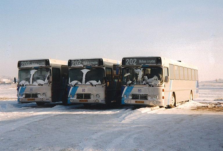 DSB 8070/LZ92901, 8073/ME94523 og 8077/MR93244 i Vadum den 24. december 1995