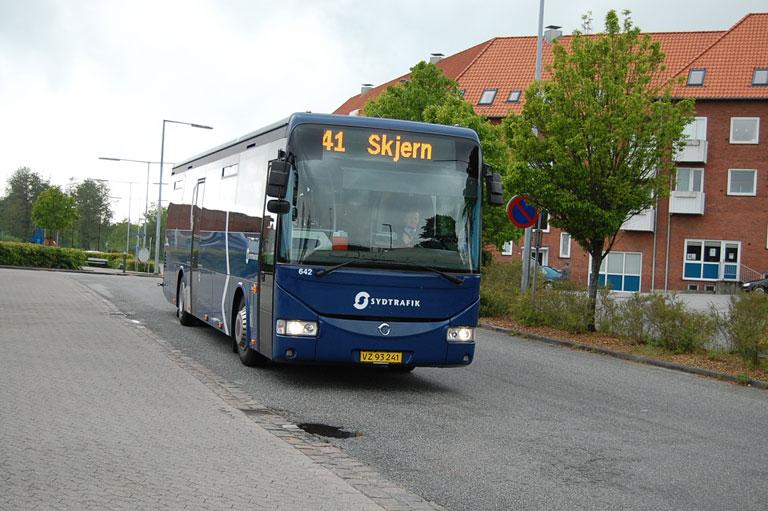 Iversen Busser 642/VZ93241 på Varde rtb. den 16. maj 2009