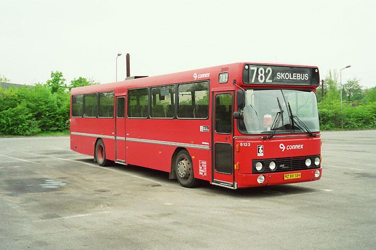 Connex 8123/MZ89389 i garagen i Kolding den 11. maj 2004