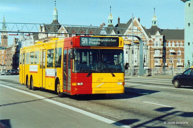 Arriva 1385/SN89817 på Langebro i København den 16. oktober 2003