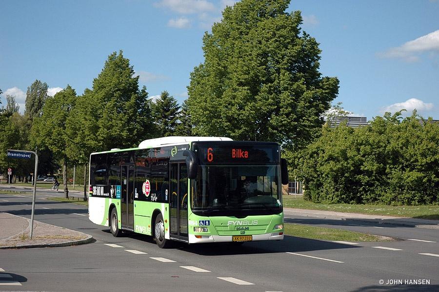 Tide Bus 8094/XK97232 på Munkebjergvej i Odense den 19. maj 2011
