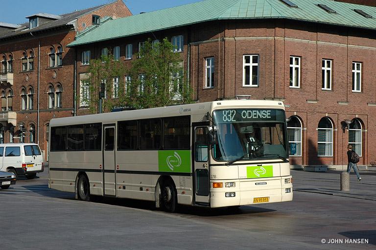 Arriva 2718/RN95953 på Klosterbakken i Odense den 31. maj 2007