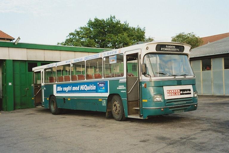 Randers Byomnibusser 79 i garagen i Randers den 27. juni 2003
