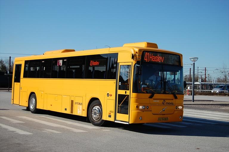 Ditobus 4664/VU94869 i Ringsted den 14. april 2010
