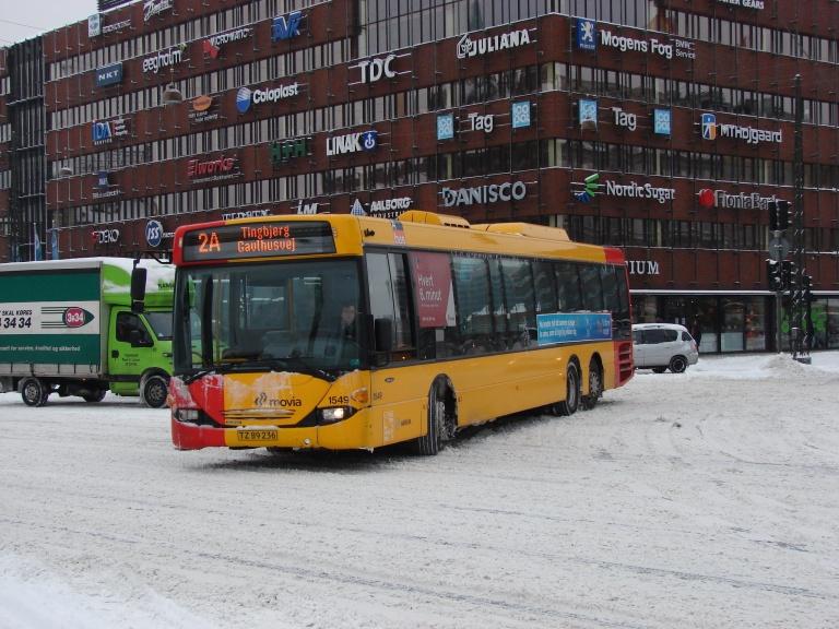 Arriva 1549/TZ89236 for enden af Vesterbrogade ved Rådhuspladen i København den 31. januar 2010