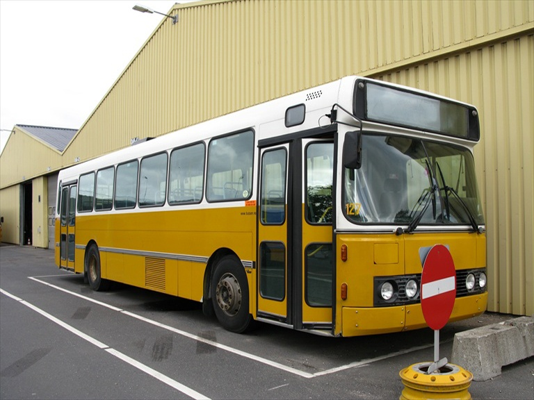 Bussen Trafikkselskap 127 ved DAB Buscenter i Silkeborg den 11. maj 2009