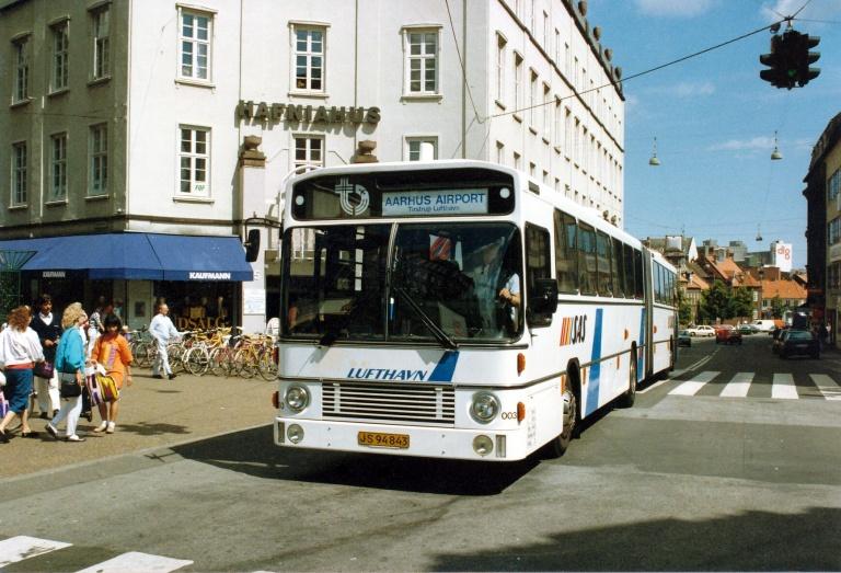 DSB 003/JS94843 på Sønder Allé i Århus i 1990