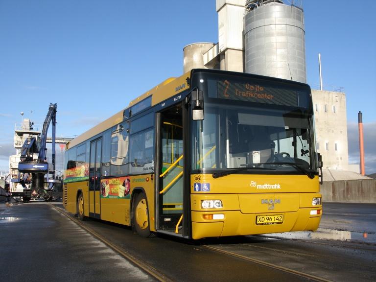 NF Turistbusser 46/XD96142 som demobus i Vejle den 12. oktober 2009