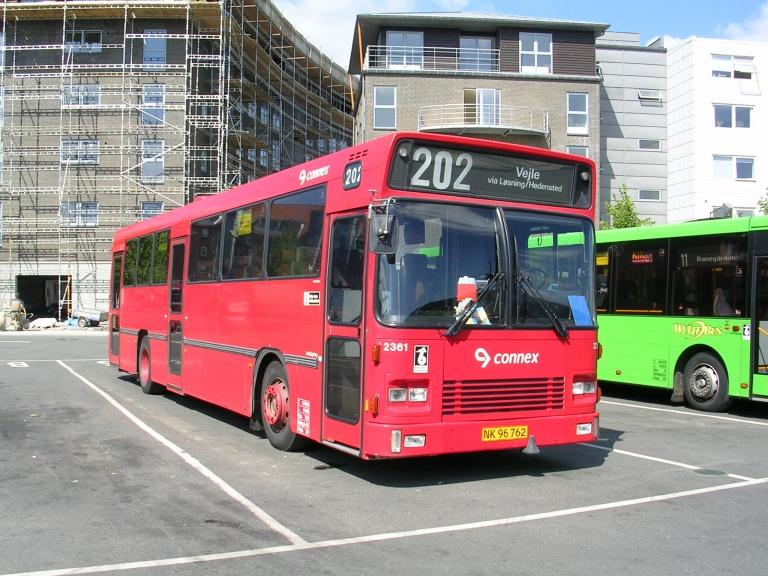 Connex 2361/NK96762 på Vejle Trafikcenter den 10. juni 2004