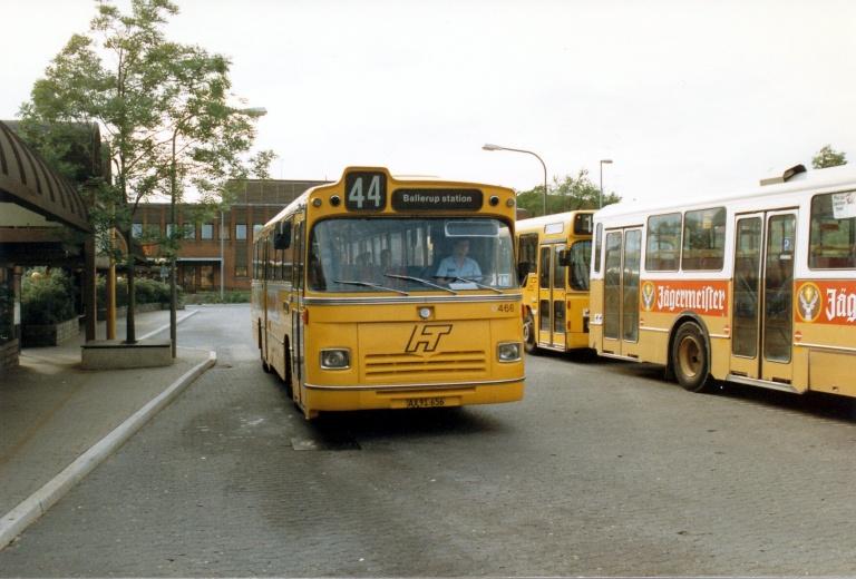 HT 466/AX91656 ved Ballerup Station i juni 1986