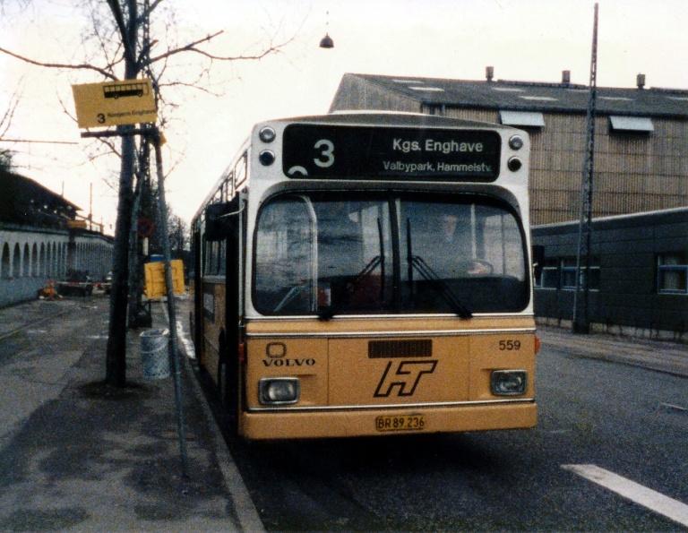 HT 559/BR89236 ved Nordhavn Station i marts 1986
