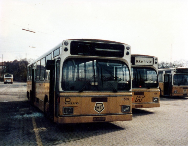 HT 539 (BM95084) i Ryvang garage i marts 1986
