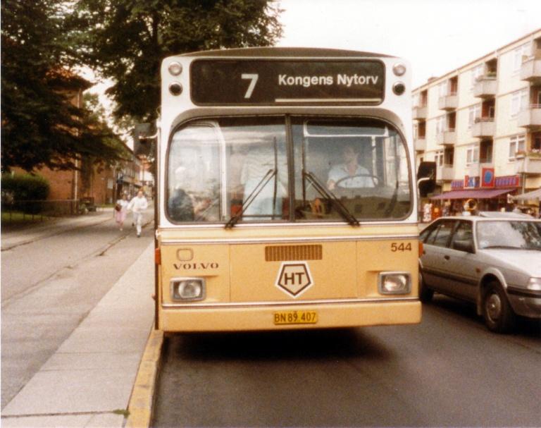 HT 544/BN89407 på Frederikssundsvej i Husum i september 1985
