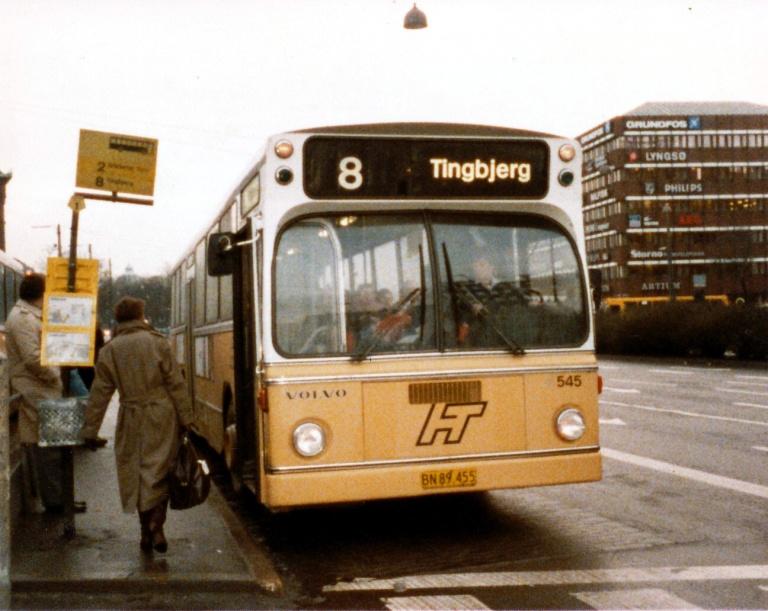 HT 545/BN89455 ved Rådhuspladsen i København i januar 1986