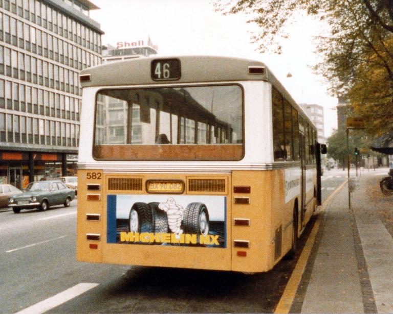 HT 582/BX90082 i  Vester Farimagsgade i København i oktober 1985