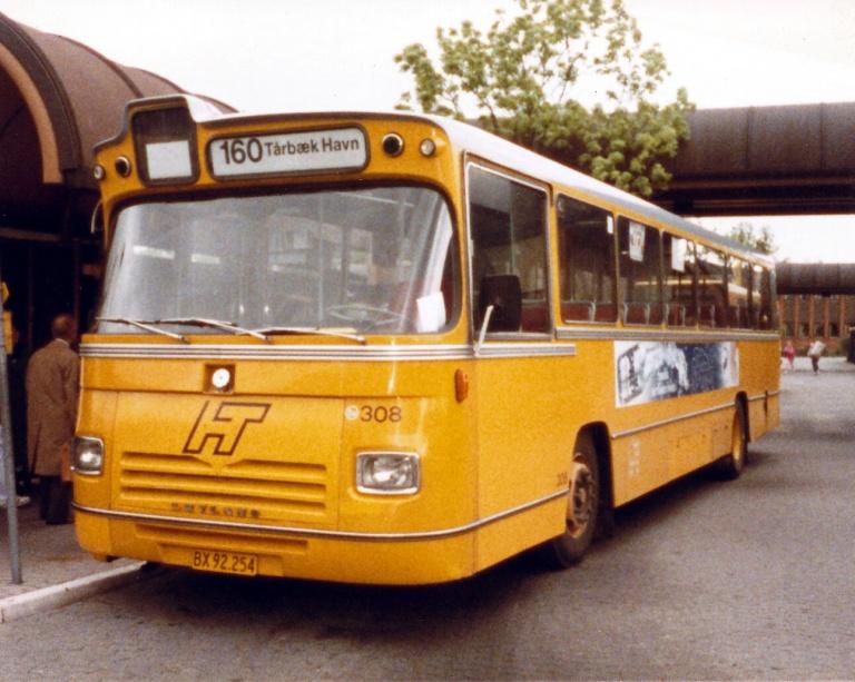 HT 308/BX92254 ved Ballerup Station i juni 1986