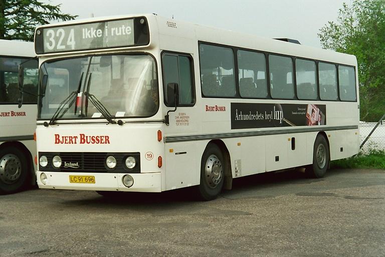 Bjert Busser 19/LC91696 i Kolding den 11. maj 2004