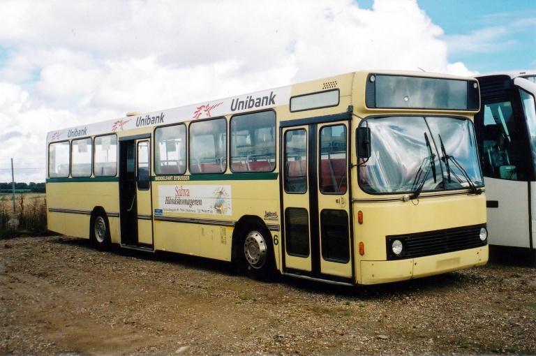 Middelfart Bybusser 6 hos Vejstruprød Busimport i 2001