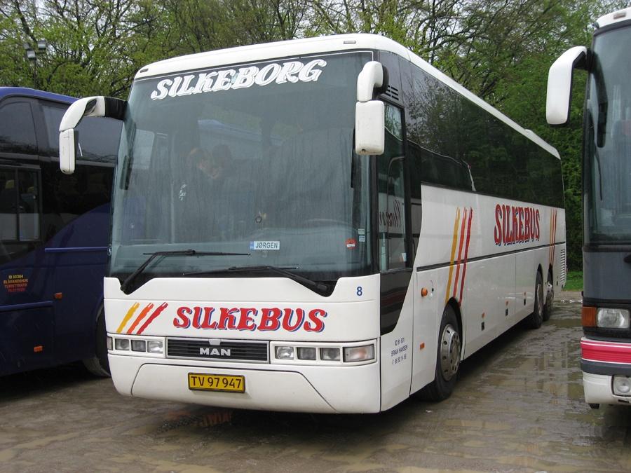 Silkebus 8/TV97947 i Fælledparken i København den 1. maj 2008