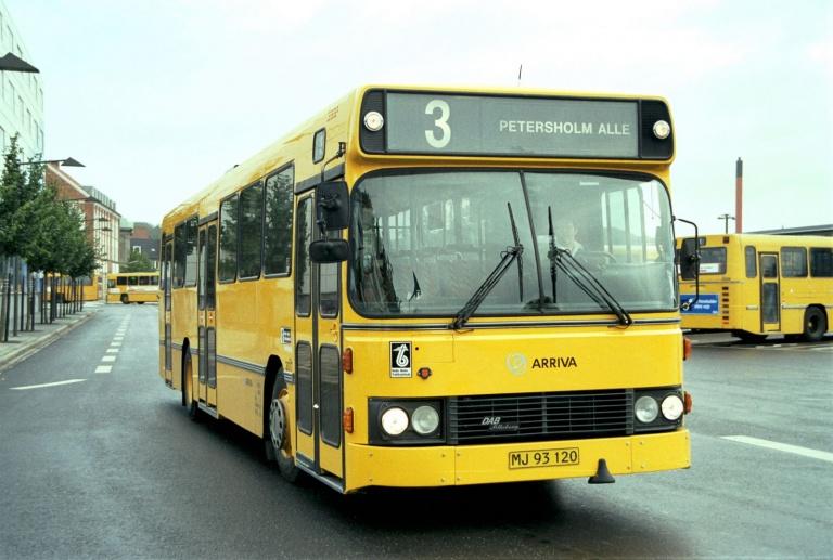 Arriva 3017/MJ93120 på Vejle Trafikcenter den 3. oktober 2001