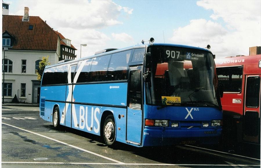 Combus 8129/NJ96280 på Vejle Trafikcenter den 31. august 1999