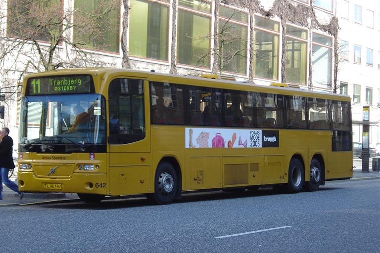 Århus Sporveje 642/TL96197 på Park Allé i Århus den 21. april 2005