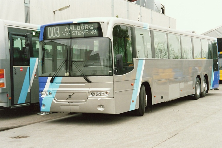 Tylstrup Busser 174 på Aabenraa Karrosserifabrik den 11. maj 2004