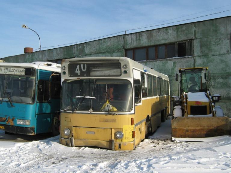 Perm AP51759 holder udrangeret i garagen i Perm, Ural i Rusland den 13. november 2009
