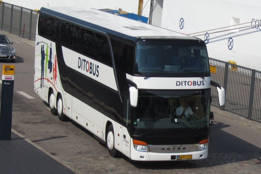 Ditobus 370/BW93159 på Langelkinie i København den 2. juli 2011