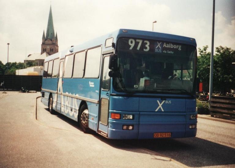 Connex 8300/OD92516 på Frederikshavn Busterminal i sommeren 2001