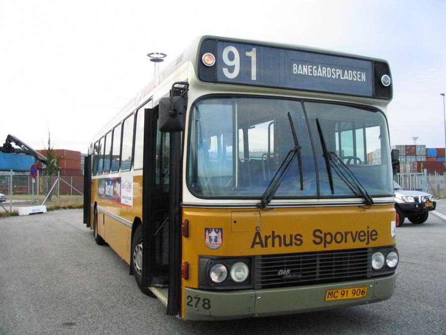 Århus Sporveje 278/MC91906 ved endestationen Containerterminal Øst i Sydhavnen i Århus den 30. september 2005