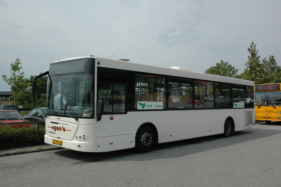 Egons Turist- og Minibusser 133/XJ95622 ved Ringsted st. den 2. august 2009
