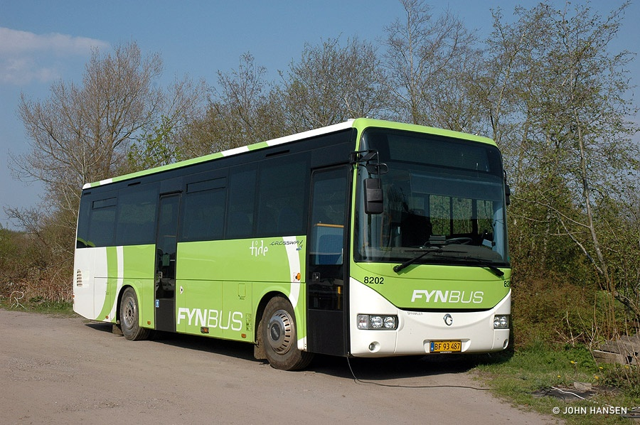 Tide Bus 8202/BF93487 i Skalbjerg den 21. april 2011