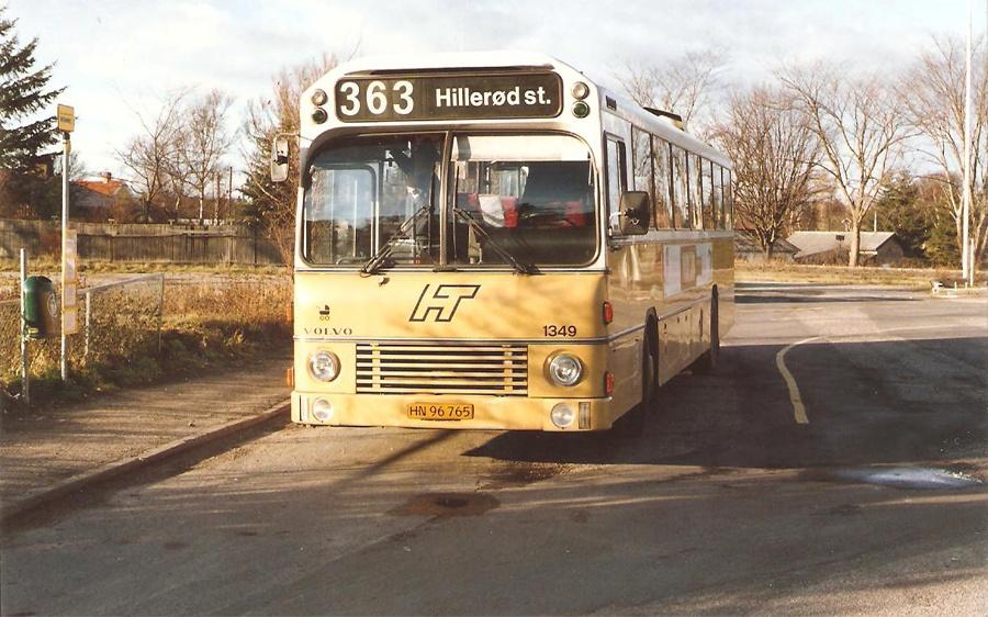 HT 1349/HN96765 ved Tisvildeleje st. i november 1988