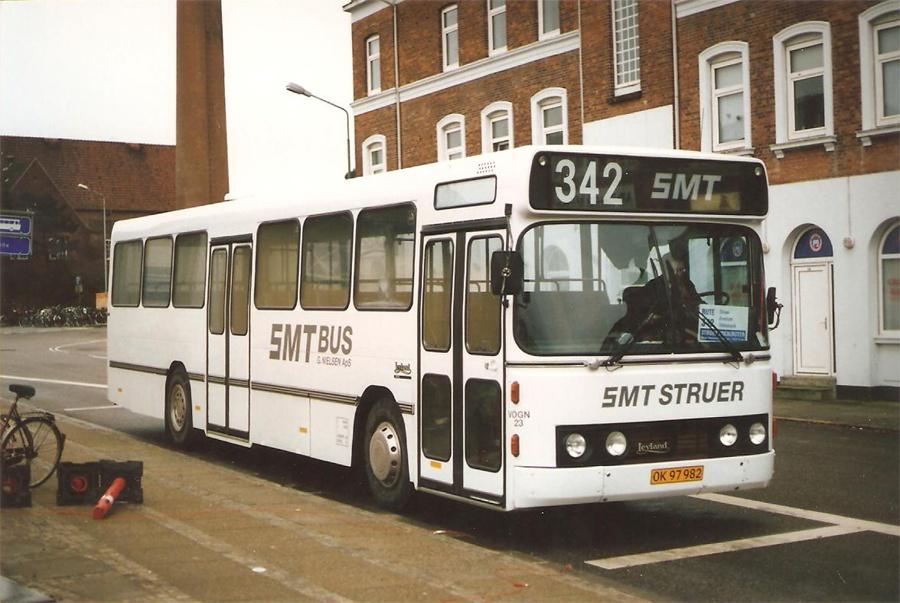 SMT Bus 23/OK97982 ved Struer st. i november 1997