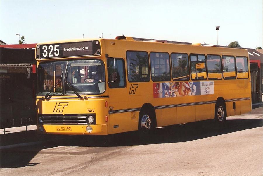 Fjordbus 7417/JJ92197 ved Hillerød st. den 6. juli 1996