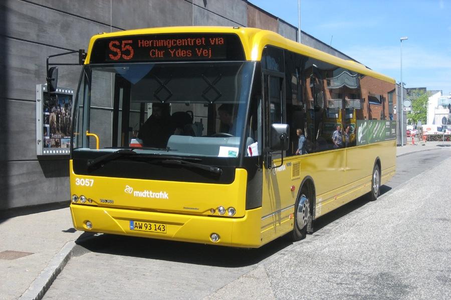 Arriva 3057/AW93143 i Herning den 9. juli 2010