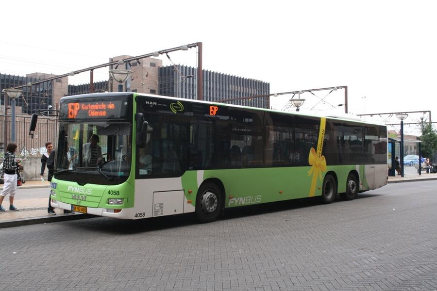 Arriva 4058/BF92400 på Odense Banegård Center den 21. august 2010