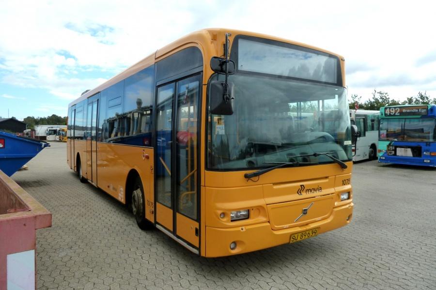 Arriva 1075/SJ89639 i Holbæk den 2. september 2010