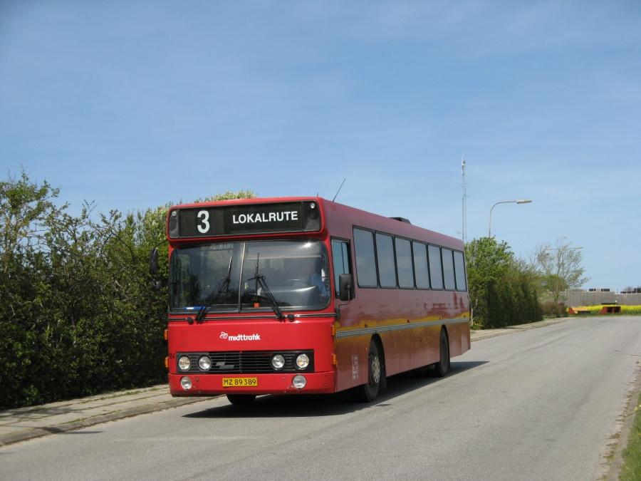 Arriva 3154/MZ89389 ved Thyholm Skole i Hvidbjerg den 5. maj 2008