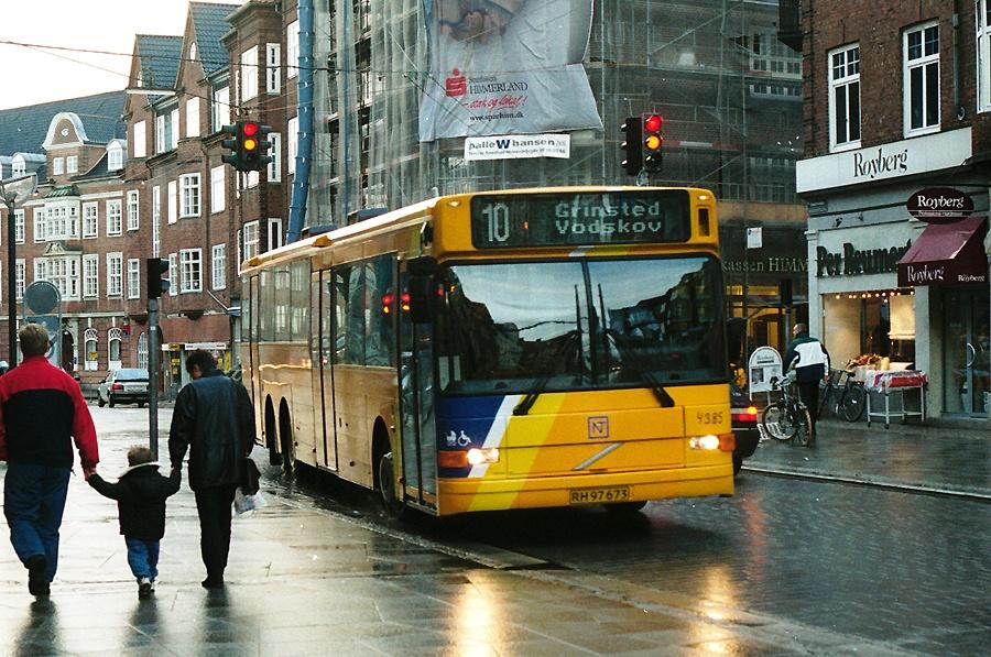 Combus 4385/RH97673 på Boulevarden i Aalborg den 25. oktober 2000