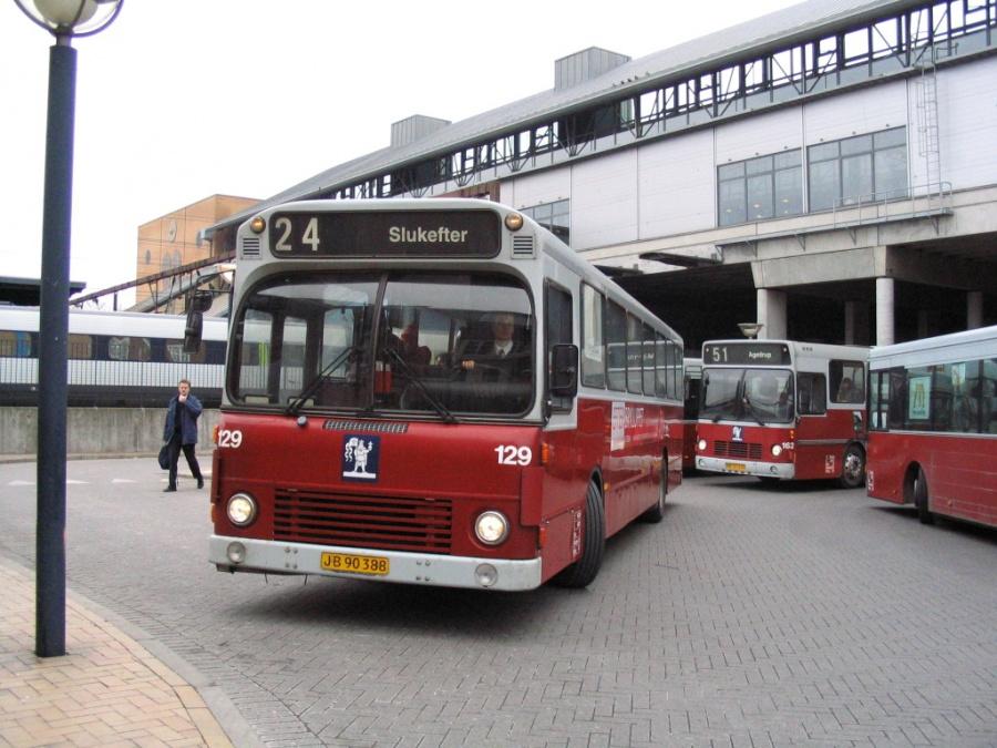 Odense Bybusser 129/JB90388 på Odense Banegård Center den 15. marts 2006