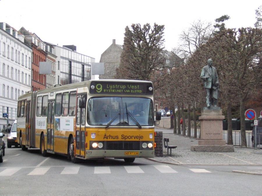 Århus Sporveje 417/NM97538 på Østbanetorvet i Århus den 23. marts 2006