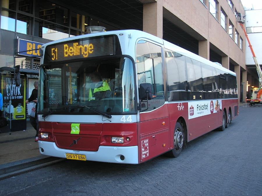 Tide Bus 44/SN97884 ved Odense Banegård Center den 13. oktober 2010