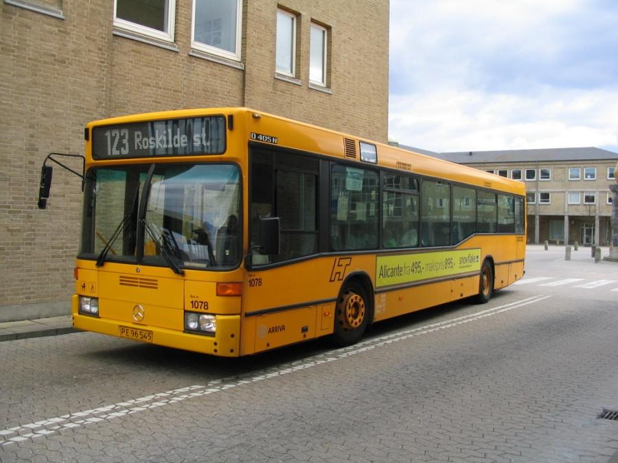 Arriva 1078/PE96545 ved Høje Taastrup St. den 24. april 2004