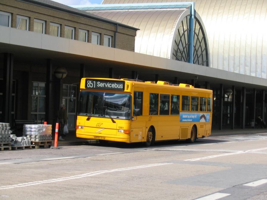 Arriva 1361/RM91016 på Høje Taastrup St. den 24. april 2004