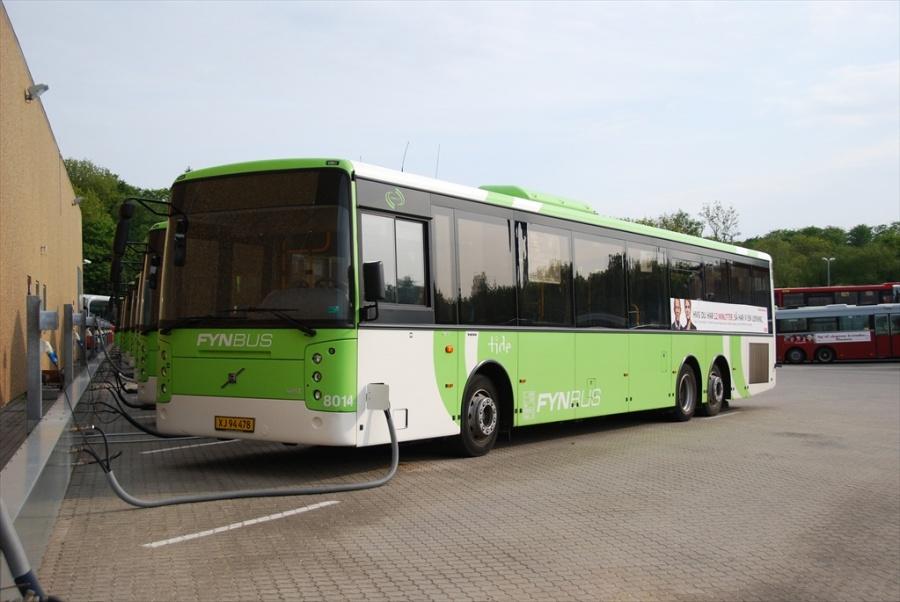 Tide Bus 8014/XJ94478 i garagen i Odense den 29. maj 2010