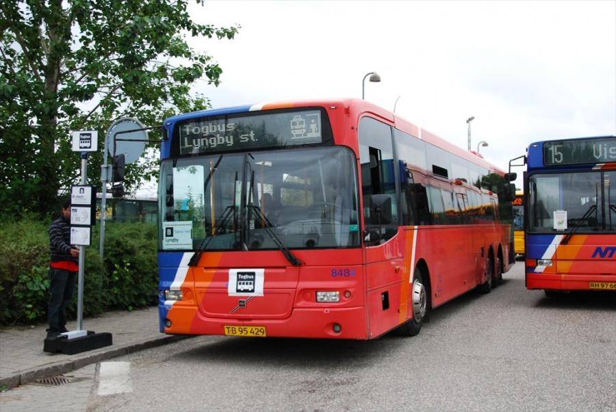 Arriva 8484/TB95429 i Hillerød den 14. august 2010