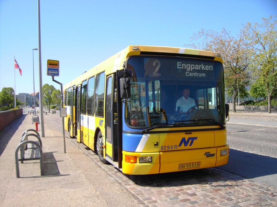 Connex 8294/OB93515 i Frederikshavn den 2. juni 2006
