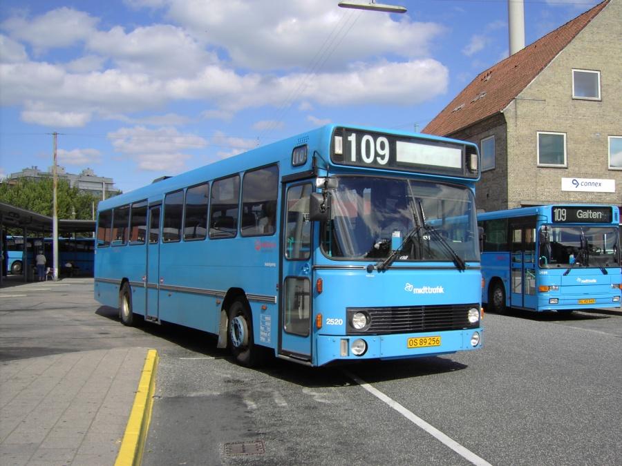 Veolia 2520/OS89256 på Århus Rutebilstation den 19. juli 2007